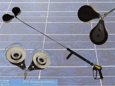 Photovoltaic-Cleaning-Lance-Double-Wash-Brush